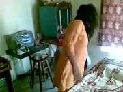 Дамы писают на раба смотрреть онлайн